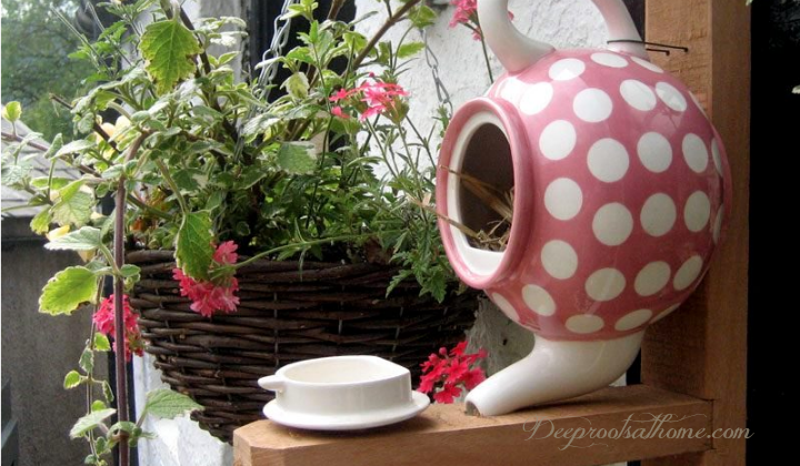 WAYS TO REUSE OLD TEAPOTS